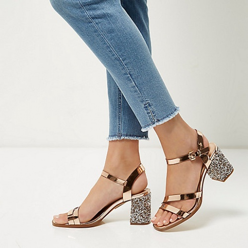 River Island - Sandales or rose talons paillettes