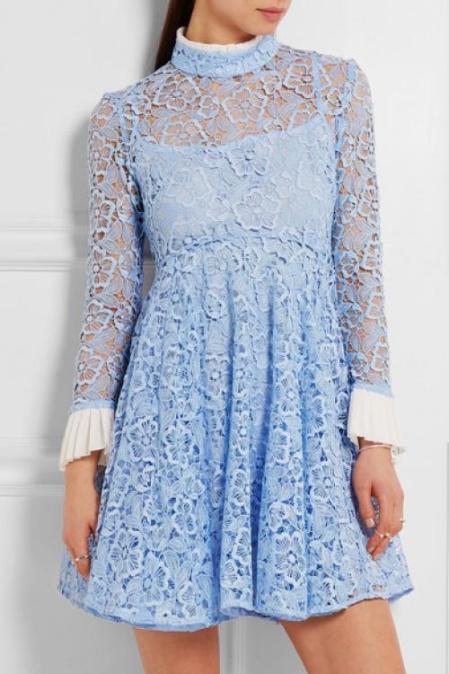 Topshop robe dentelle bleue clair manches évasées