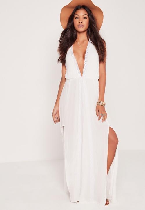 Miss Guided robe longue blanche décolleté profond