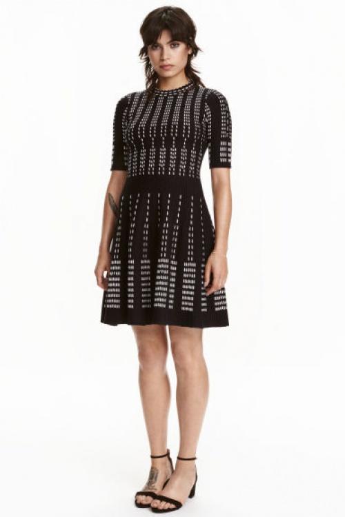 H&M robe noire motifs blancs