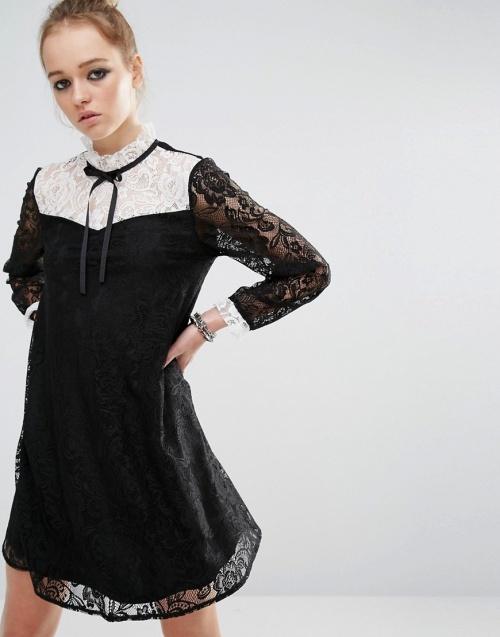 Reclaimed Vintage robe dentelle noire et col blanc