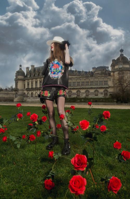 MiniMe Paris - Short court cuir imprimé roses