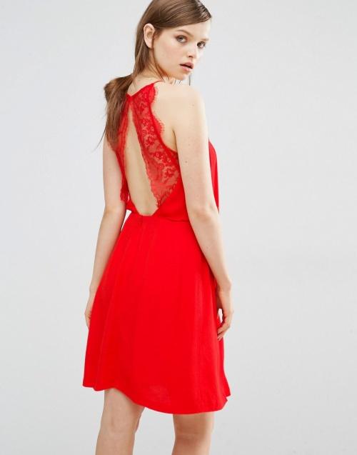 Samsoe & Samsoe  robe rouge dentelle dos