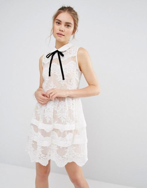 Endless Rose robe blanche dentelle col lavallière