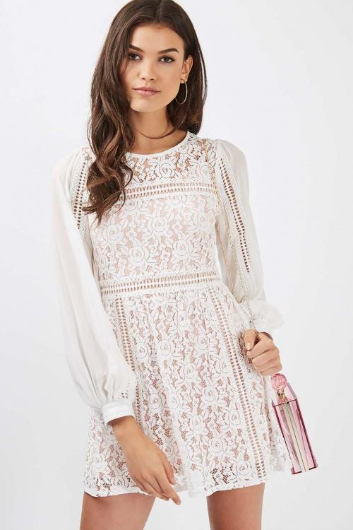 Topshop robe blanche dentelle manches longues