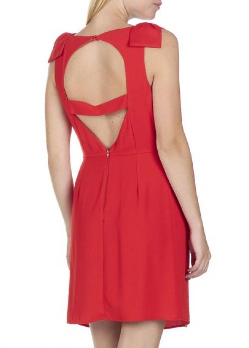Naf Naf  robe rouge dos ouvert
