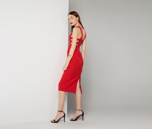 Fame & Partners robe rouge dos ajouré