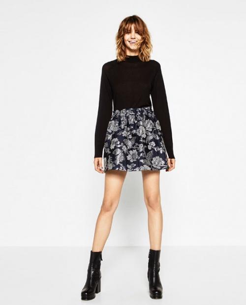 Zara jupe patineuse motif fleurs