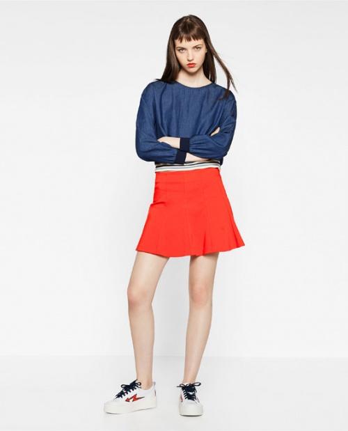 Zara jupe patineuse rouge