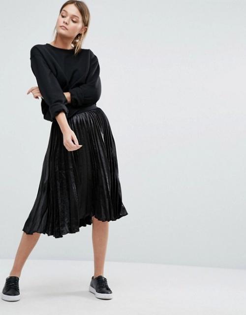 New Look  jupe plissée irisée noire
