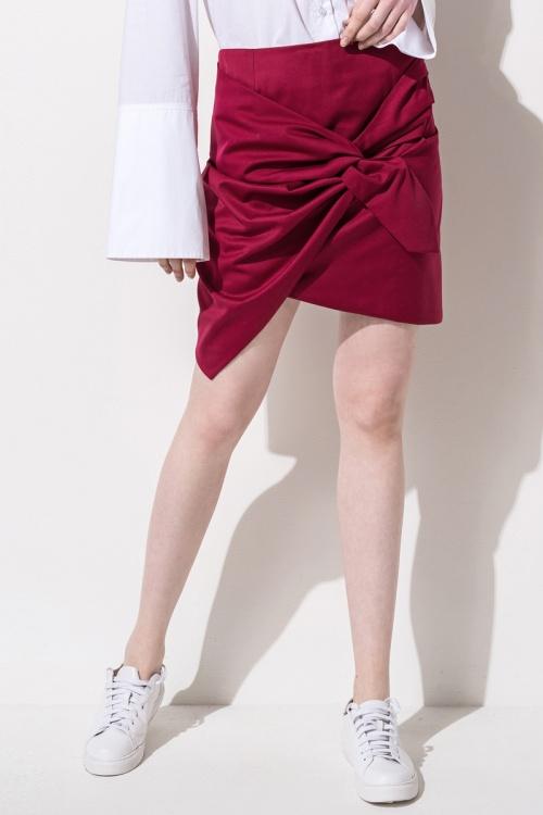 Front Row Shop  jupe à noeud rouge