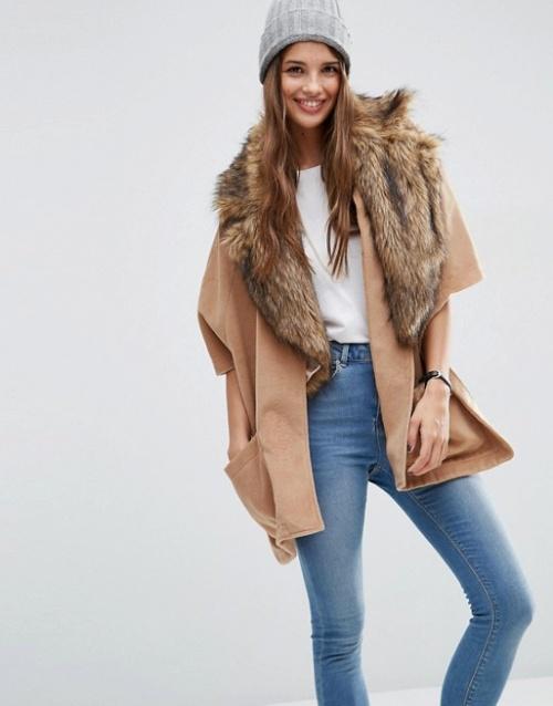 Asos cape manteau beige col fourrure