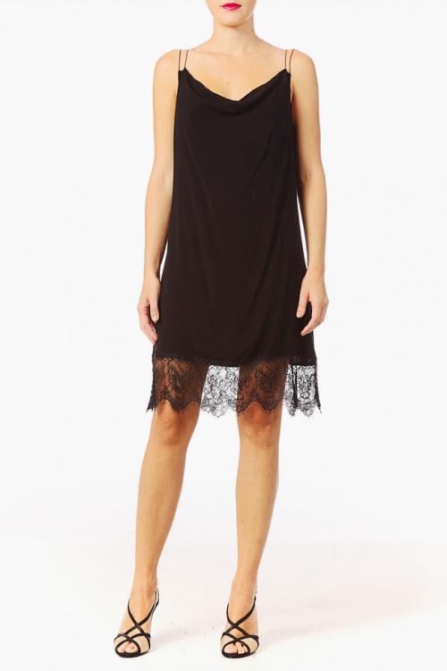 Vero Moda robe dentelle ourlet noir