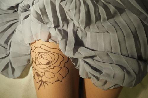 Tatul collants rose ligne