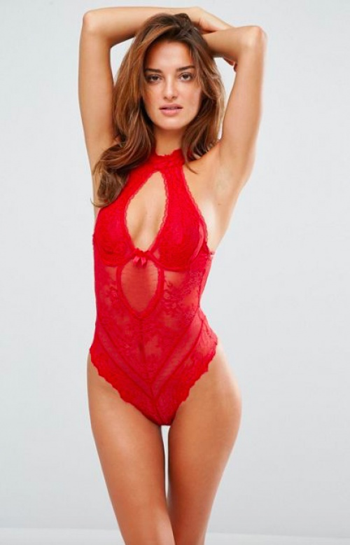 Ann Summers - Body col rond rouge