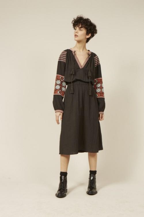Antik batik robe ethnique brodée