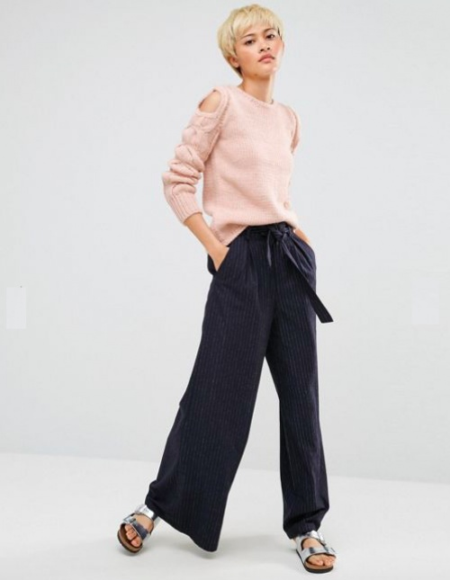 Oneon - Pull tricoté main avec manches torsadées et épaules dénudées
