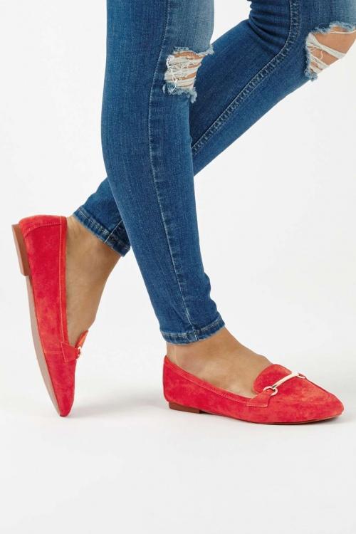 Topshop - Mocassins rouges doux avec finitions travaillées LIBBY