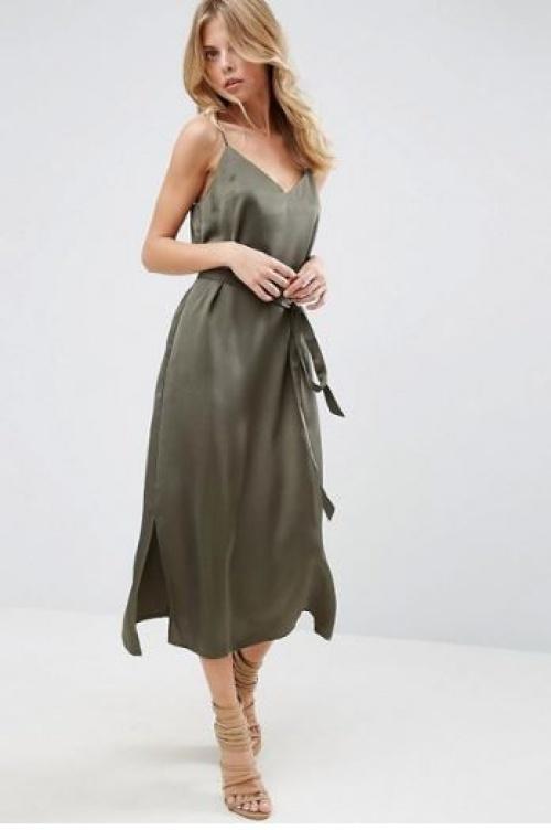 Asos - robe nuisette mi-longue avec lien à nouer à la taille