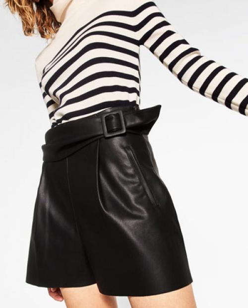 Zara - short en simili cuir
