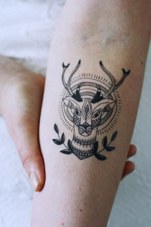 Tattoorary - tatouage éphémère cerf