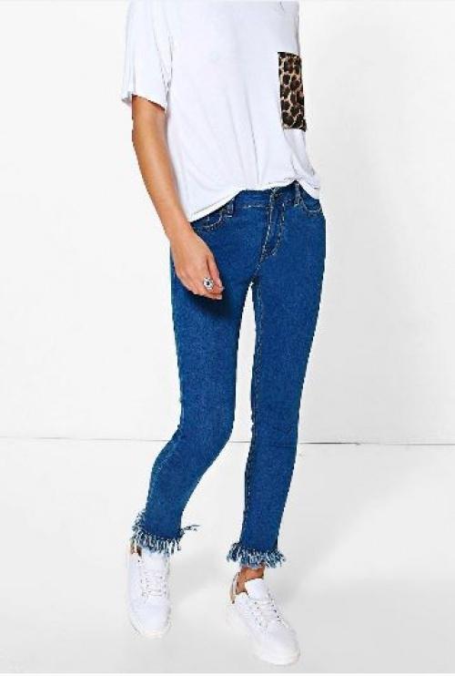 Boohoo - jean skinny frangé