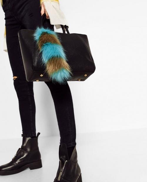 Zara - Breloque de sac