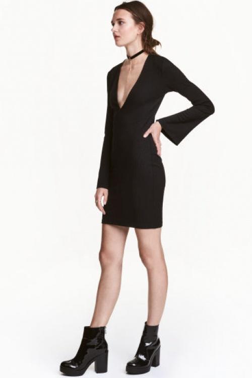H&M - Robe à encolure en V et longues manches