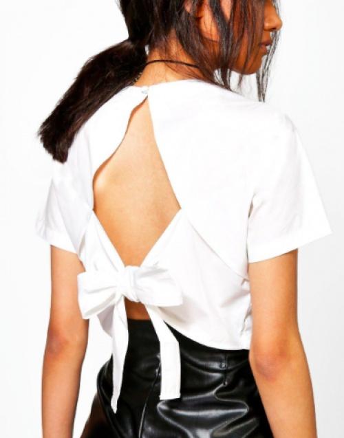 Boohoo - Chemise courte nouée dans le dos
