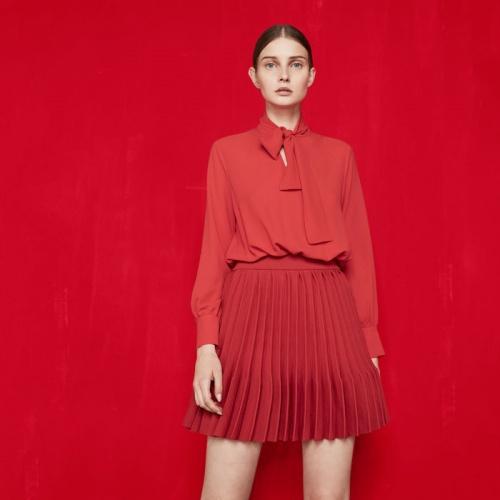 Maje robe rouge trompe l'oeil