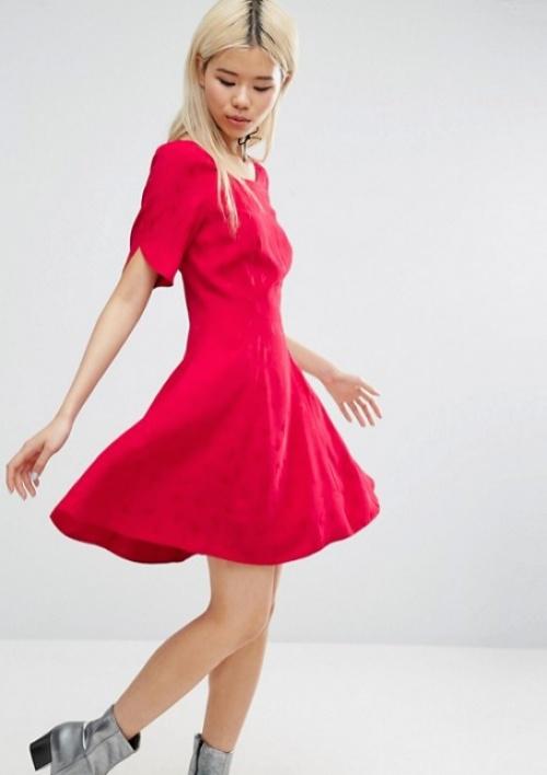 Asos robe patineuse rouge