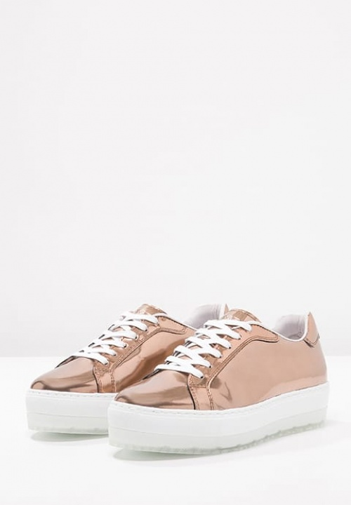Diesel - baskets plateforme or rose