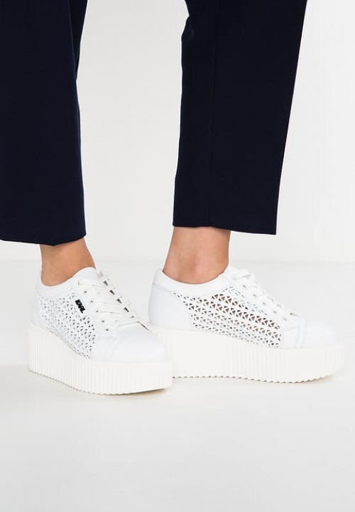 Karl Lagerfeld - baskets plateforme blanches