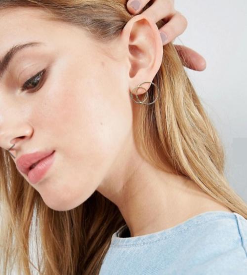 Grandes boucles d'oreilles cercles évidés en argent massif plaqué or
