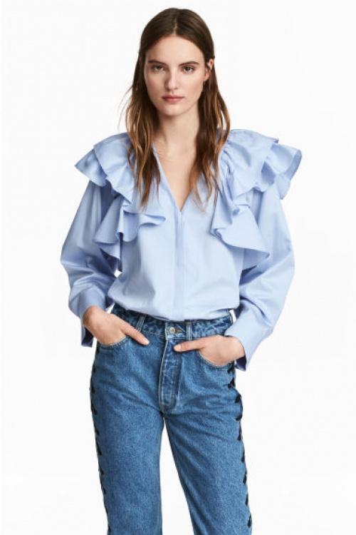 H&M - blouse bleue volantée