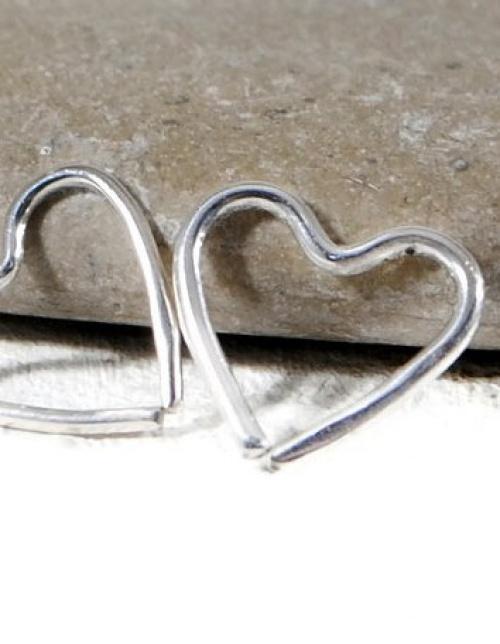 GS minimal - piercing coeur