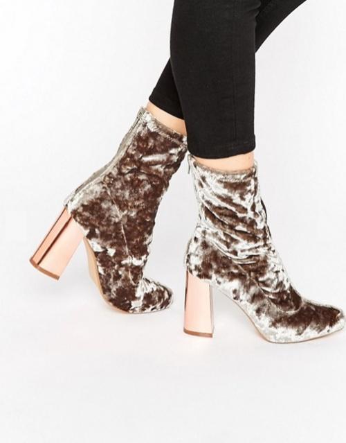 Missguided - Bottines en velours à talons carrés et chaussettes intérieures