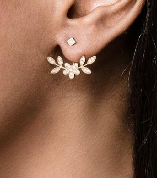 Yvonne Léon - Dessous d'oreilles fleurs