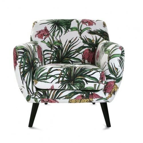 PIER IMPORT Fauteuil Club en tissu motif Tropical coloré et pieds bois