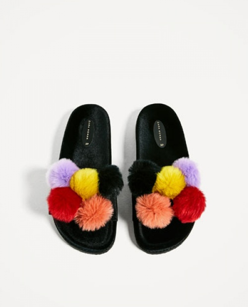 Zara - Claquettes pompons