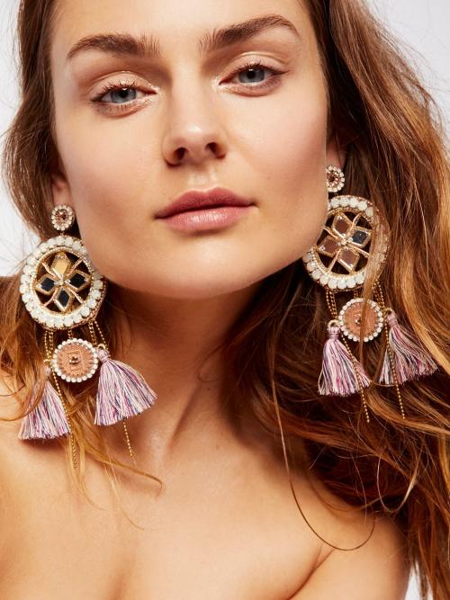 Deepa - Boucles d'oreilles pompons