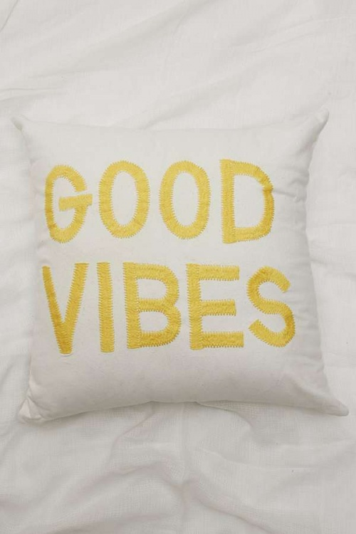Urban Outfitters - Coussin