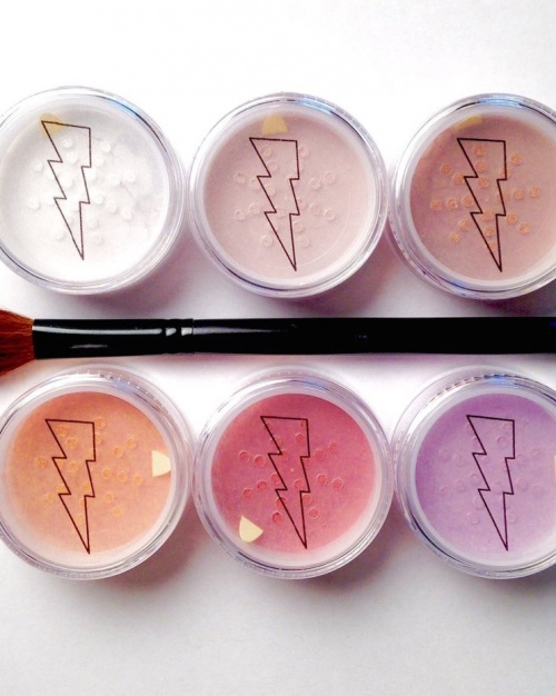 Highlighters extrêmement brillants - Chaos Makeup