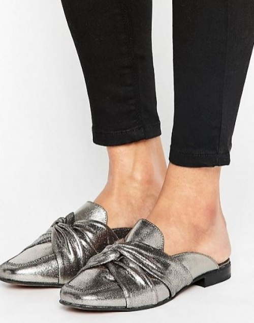 New Look - Mules plates en cuir à détail noué