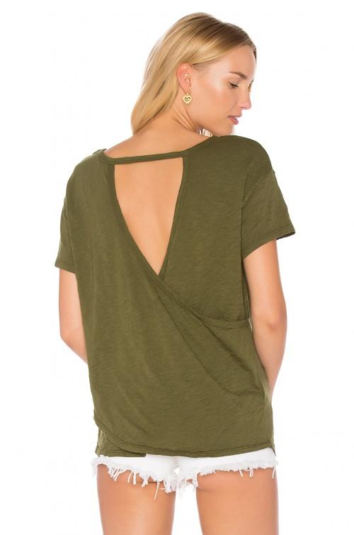 Revolve - T shirt