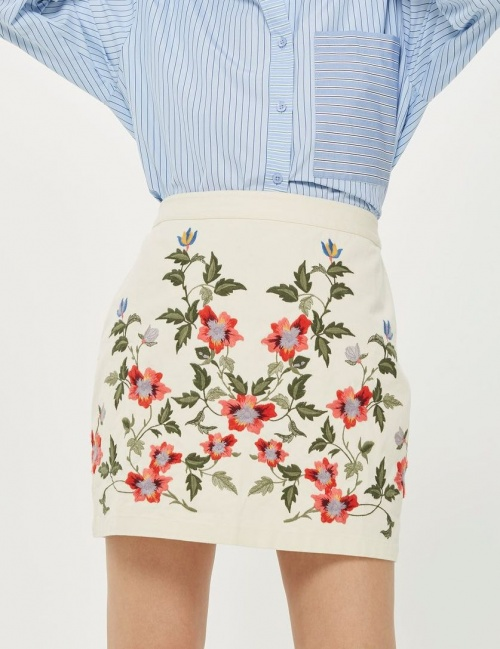 Topshop - Mini-jupe brodée