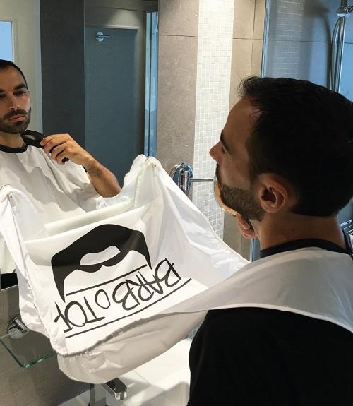 Tablier pour barbe avec ventouses - BARBoTOP