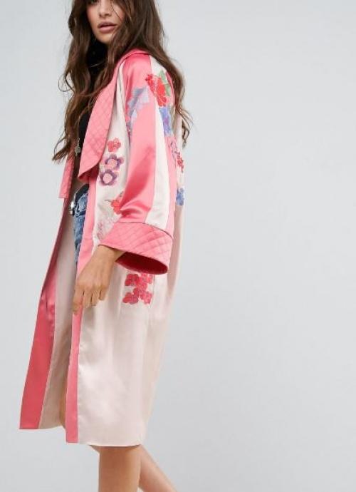 Asos Premium - Kimono à broderies fleurs et oiseaux