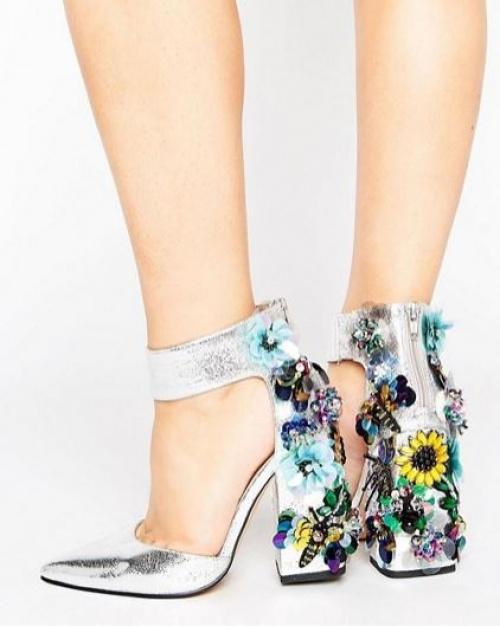 Asos - Chaussures à talons pointure large avec ornements