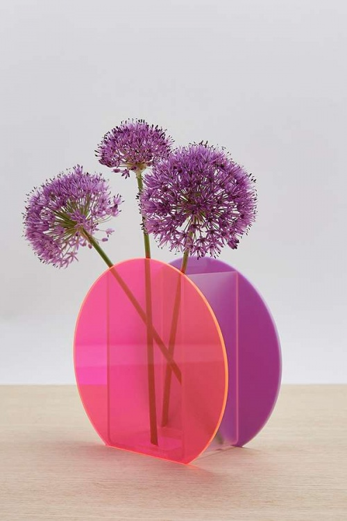 Urban Outfitters - Vase